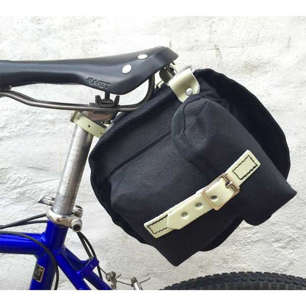 Carradice Barley Saddlebag BLACK BIKE SIDE